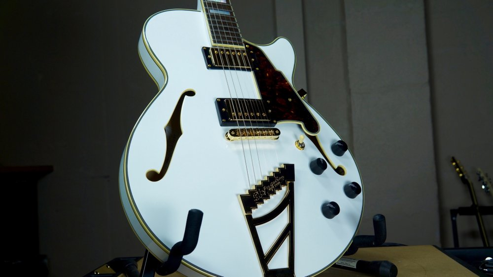 D'Angelico EX-SS Semi-Hollow