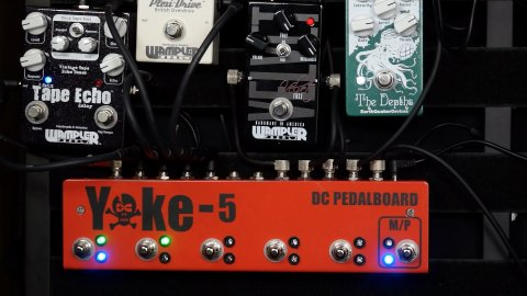 Blues Guitar Lessons - Master Your Pedalboard With The Yoke 5 Loop Switcher