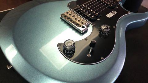Blues Guitar Lessons - PRS S2 Standard 22